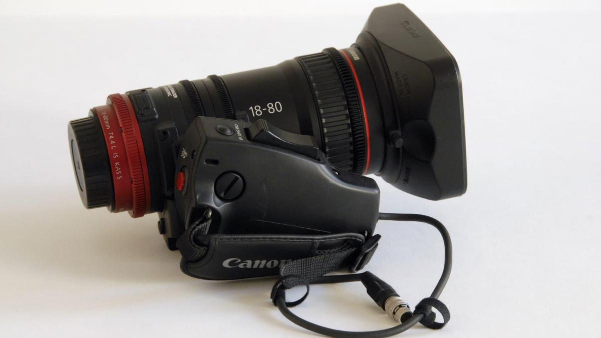 Zoom canon cine 18 80mm 5